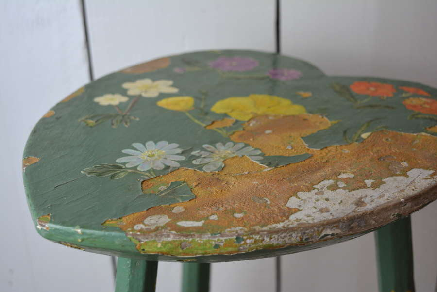 19TH CENTURY PAINTED IRISH STOOL