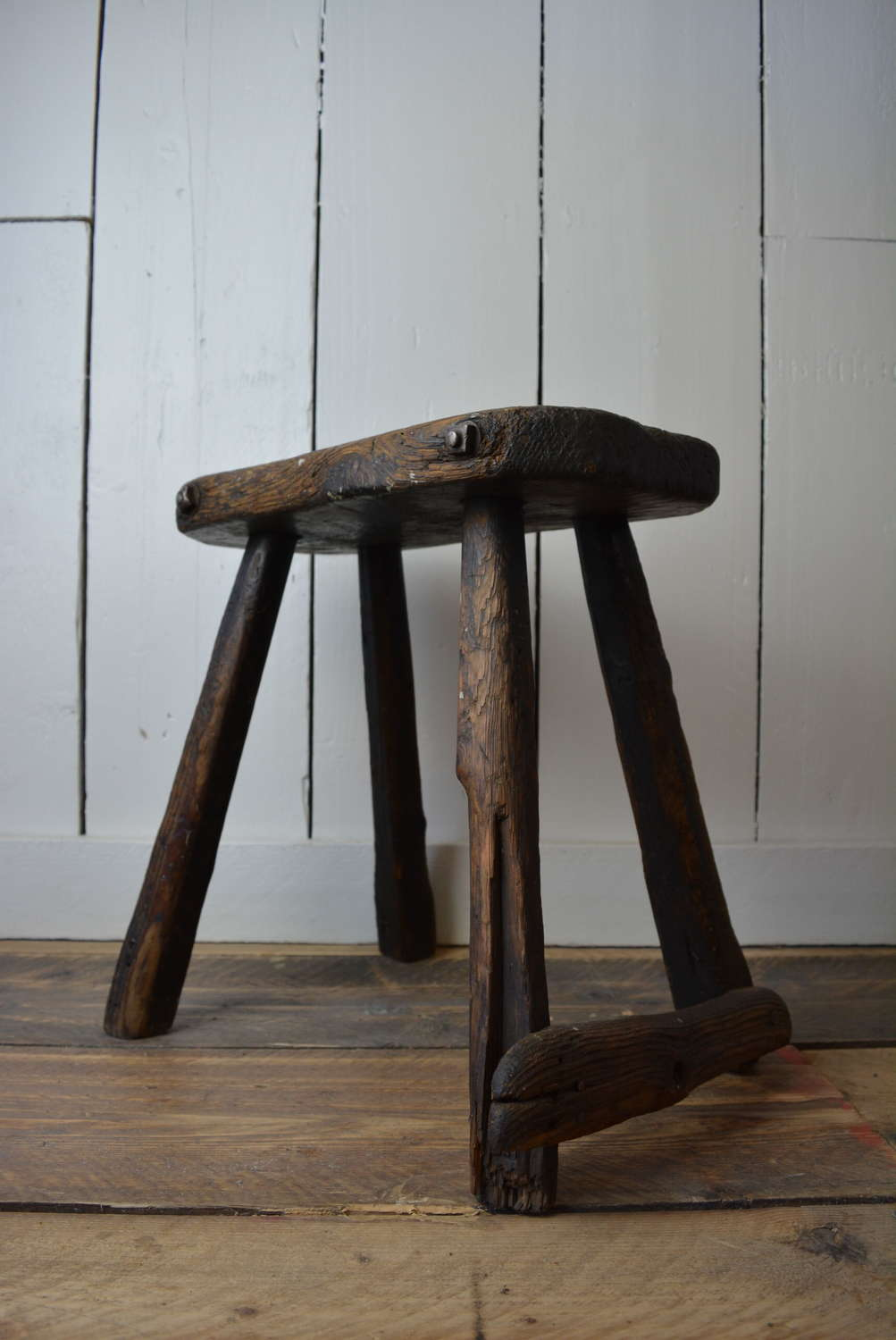 19TH CENTURY MILL WORKERS OAK STOOL