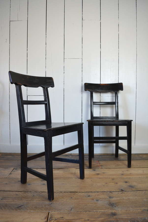 PAIR OF 19TH CENTURY IRISH CARPENTERS CHAIRS