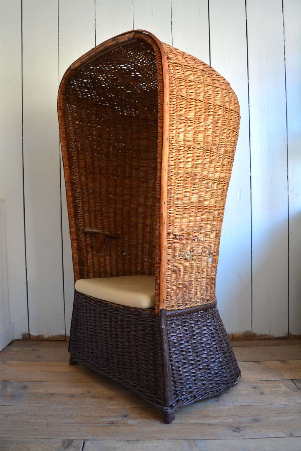 EARLY 20TH CENTURY WICKER PORTERS CHAIR