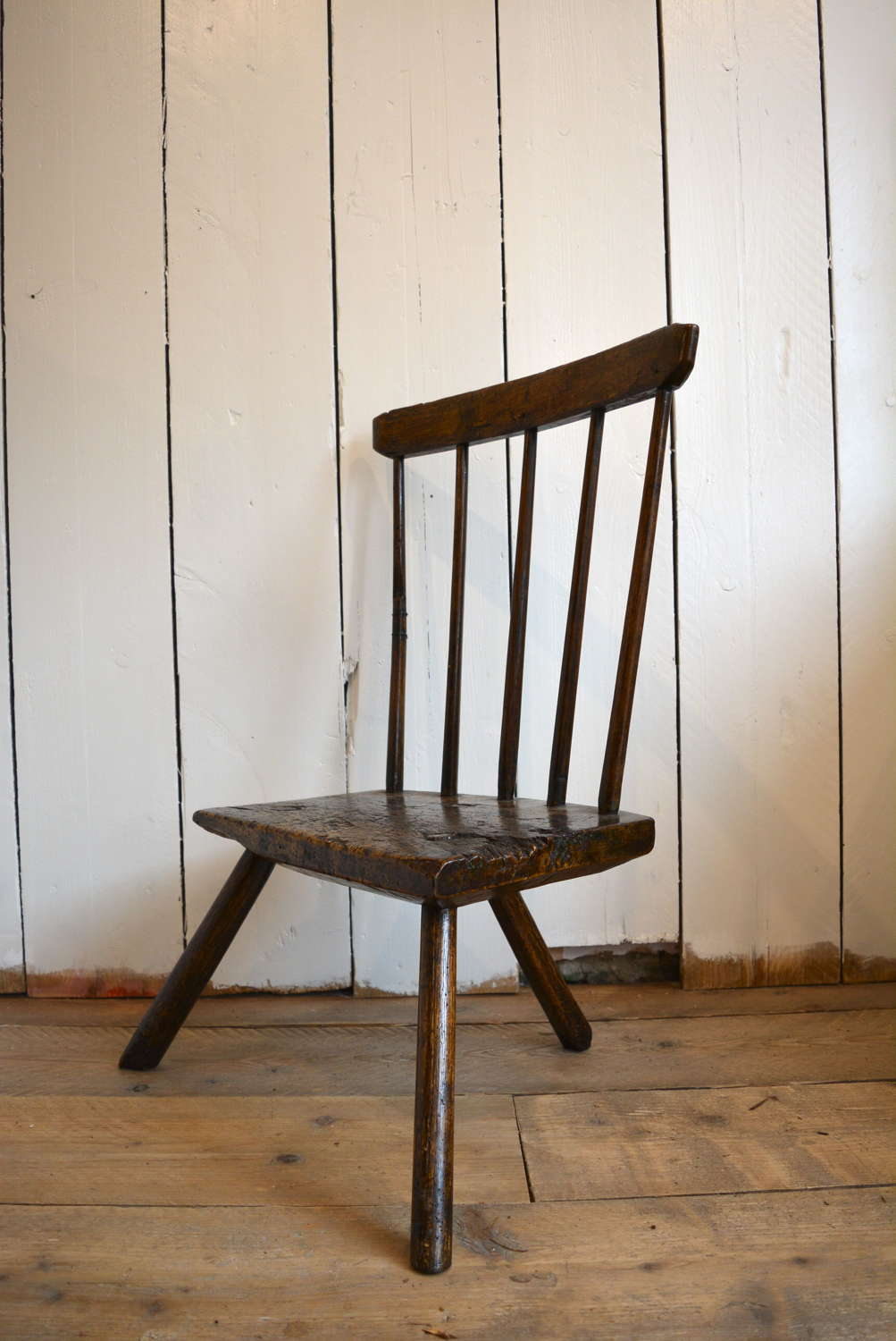 18TH CENTURY WELSH STICK BACK CHAIR