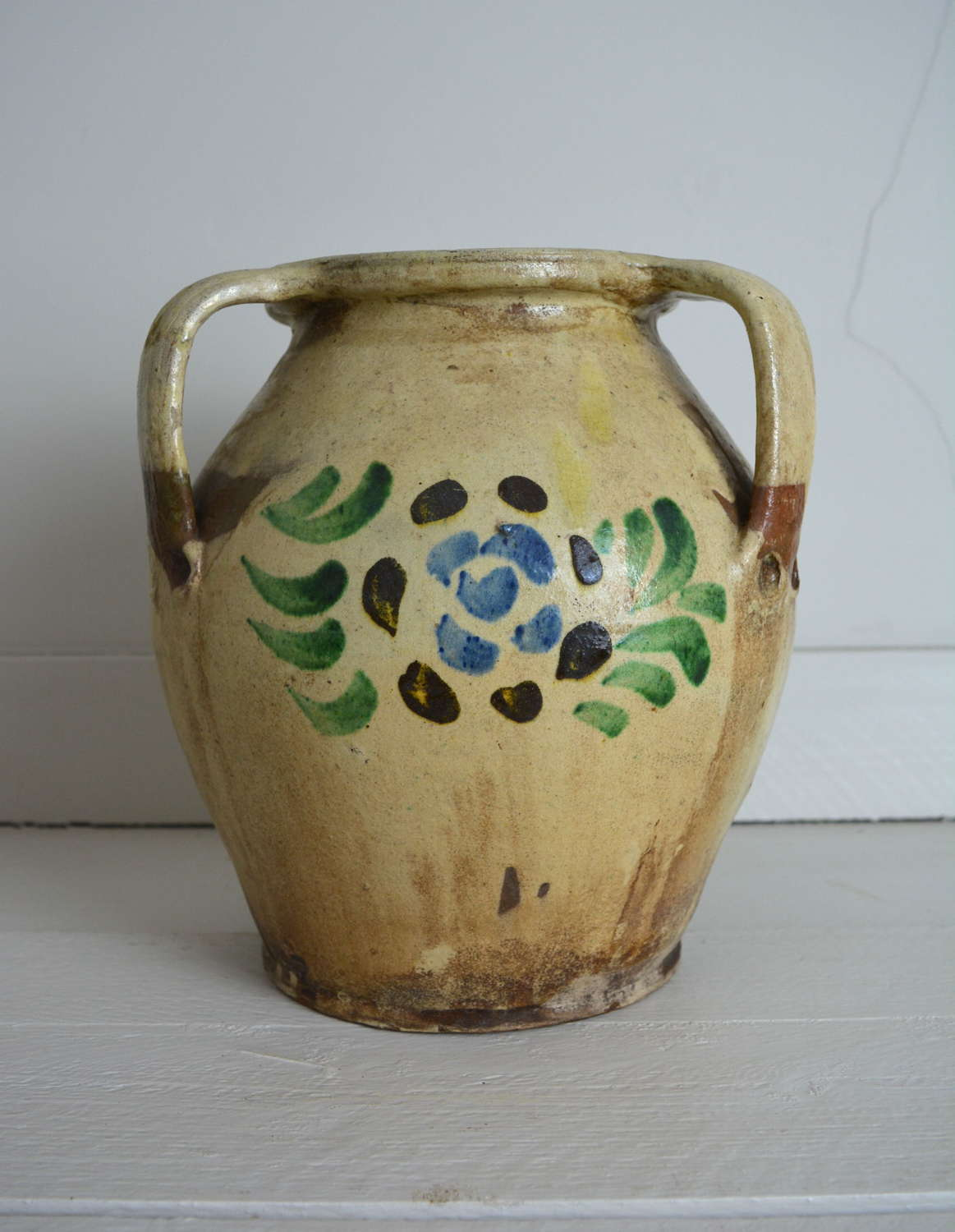 19TH CENTURY SPANISH OLIVE POT