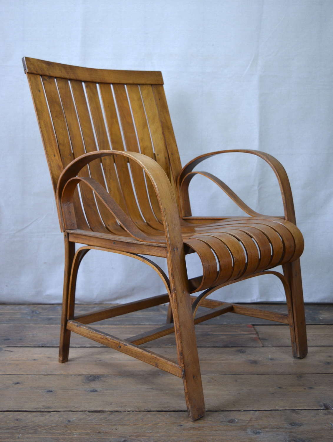 EARLY 20TH CENTURY ARTS AND CRAFTS CHAIR